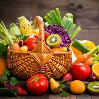 """Geschenkkorb """"Obst & Gemüse der Saison"""""""