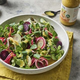 Salatbox Feldsalat mit bunte Beten, Rüben und Juicy Lucy Salatdressing